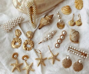 fashion, gold, and pearls image