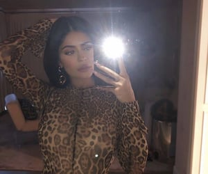 kylie jenner, fashion, and icon image