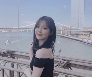 jiheon, baek jiheon, and fromis image