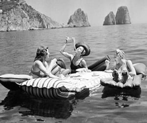 summer, friends, and black and white image