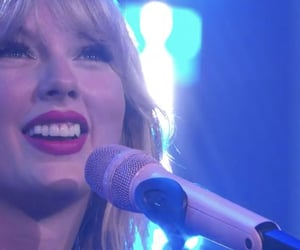 Taylor Swift and taylorswift image