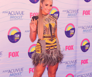demi lovato, teen choice awards, and tca image
