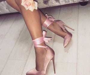 classy, fashion, and heals image