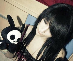 black, emo girl, and black hair image