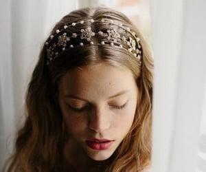 hair, headband, and pearl image