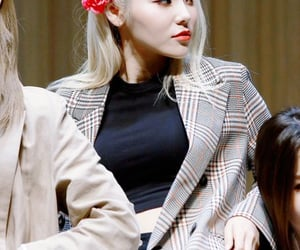 kpop, girl of the month, and jinsoul image