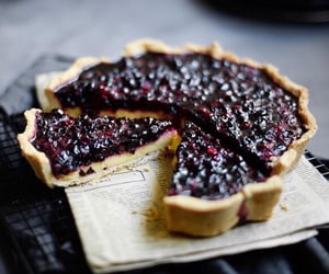 bake, sweet tooth, and blueberry image