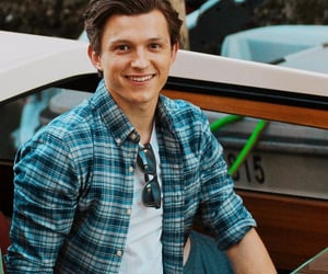 Marvel, spiderman, and tom holland image