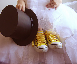 converse, yellow, and all star image