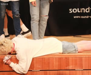 blonde hair, stray kids, and fansign image