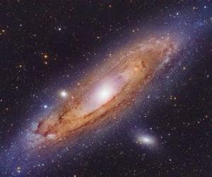 galaxy, stars, and andromeda image