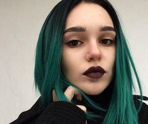 girl, hair, and green hair image