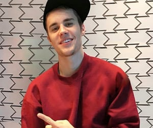 burgundy, cutie, and justin bieber image