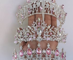 accessories, pink, and crown image
