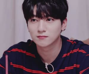 gif, kpop, and park sungjin image