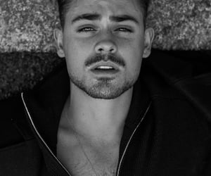 dacre montgomery and actor image