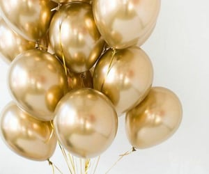 balloons and golden image