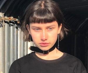 bangs, blue eyes, and grunge image