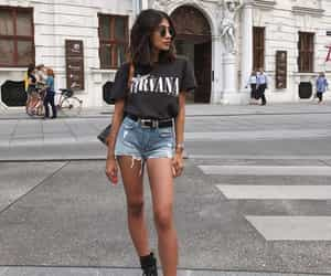 blogger, streetstyle, and short jeans image