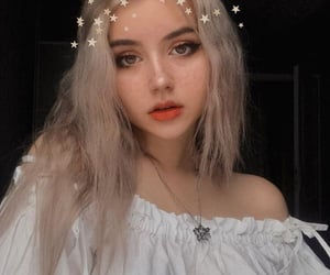 girl, blonde, and stars image