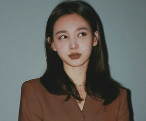 twice, twice edits, and nayeon image