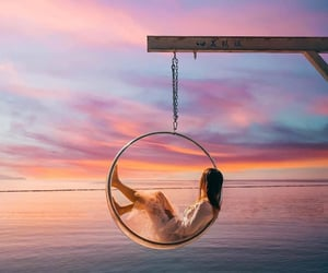 dreamy, girl, and ocean image