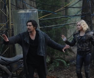 couple, the 100, and bob morley image