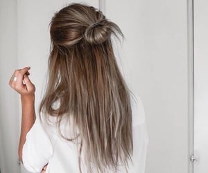 brownhair, hairstyle, and messy image