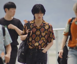 aesthetic, airport, and black hair image