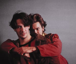 keanu reeves, river phoenix, and my own private idaho image