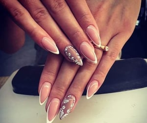 almond, beauty, and nails image