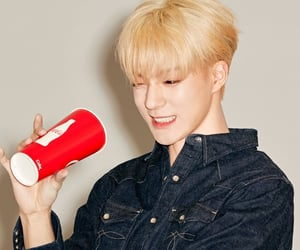 jeno, nct dream, and nct image
