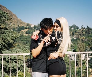 maggie lindemann, couple, and icon image