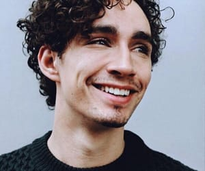 robert sheehan and actor image