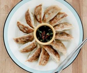 dumpling, food, and veggie image