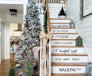 Christmas 's stair  by @sweetcountryhomes