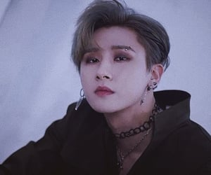 idol, korean, and piercing image