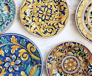 sicily and sicilian pottery image