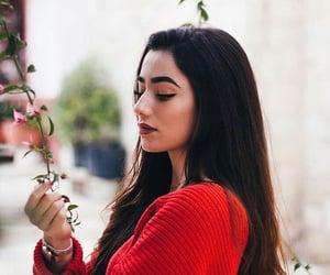 make up مكياج, ﻋﺮﺑﻲ, and red احمر image