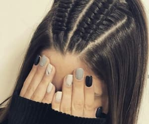 hair style, accessories اكسسوارات, and nails اظافر image