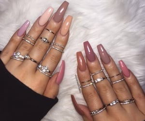 nails, pink, and beige image