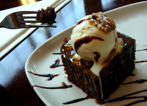2007, bite, and brownie image