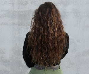 wave hair, long natural hair, and esce image
