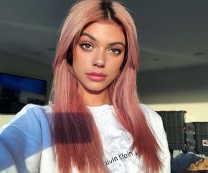 kelsey calemine and pink hair image