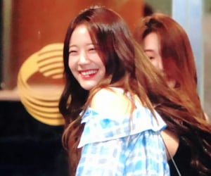 gyuri and fromis_9 image