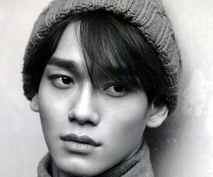 black white, kpop, and Chen image