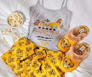 casa, disney, and pijama image