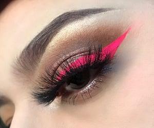 Neon pink liner
