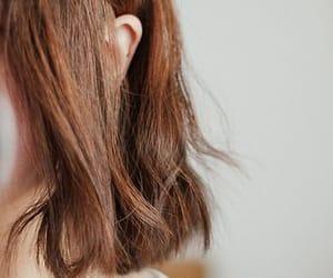 short hair, brown hair, and hair image