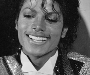 black and white, king of pop, and micheal jackson image